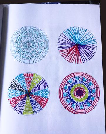 Einfache Kreisegmente oder Mandals im Seniorenmalbuch